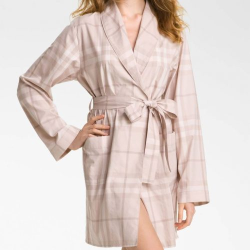 Burberry Check Robe as worn by Meghan Markle as Rachel Zane on Suits season 3