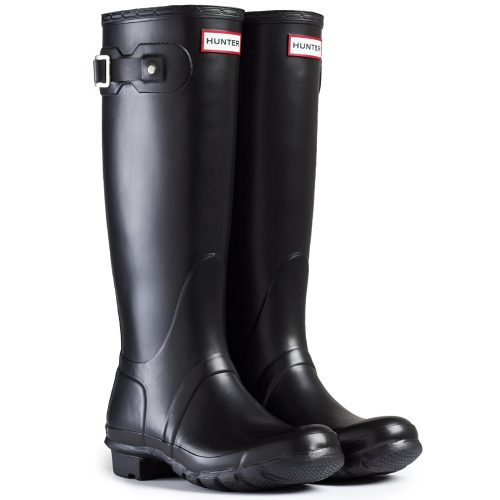 Hunter Original Tall Gloss Wellington Boots as seen on Meghan Markle in Kensington, London, November 2016.
