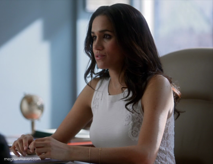 Meghan Markle wearing a Nina Ricci Shell with Lace Insets Blouse as Rachel Zane on 'Suits' Season 4 Episode 2.