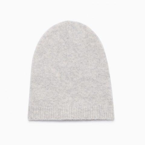 Aritzia Babaton Mendieta Slouchy Hat as seen on Meghan Markle
