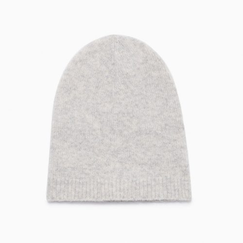 Aritzia Babaton Mendieta Slouchy Hat as seen on Meghan Markle