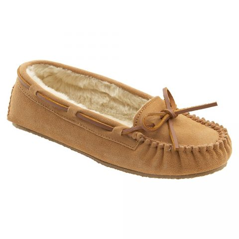 Minnetonka 'Cally' faux fur slipper in Cinnamon Suede as seen on Meghan Markle.