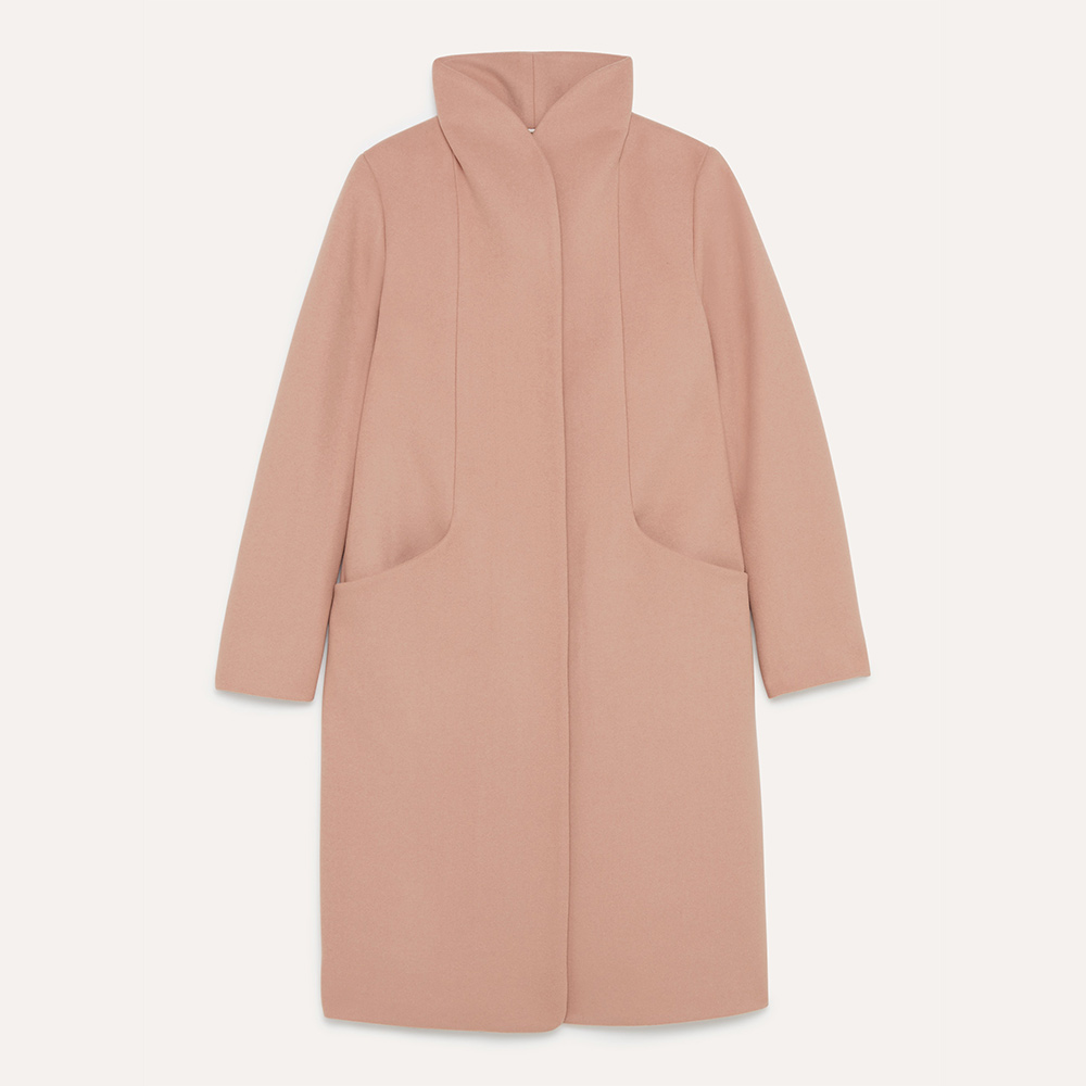 Aritzia Wilfred wool-cashmere blend long 'Cocoon' coat in Petale as seen on Meghan. Duchess of Sussex.
