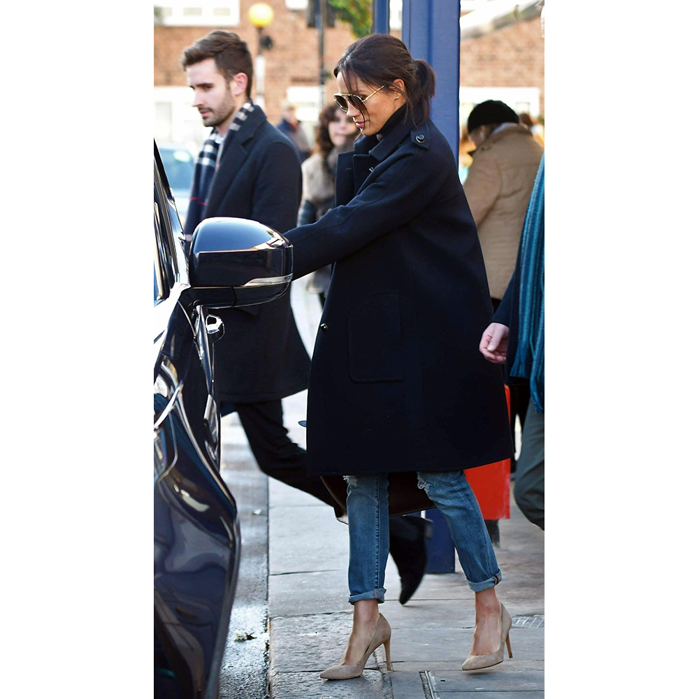 Meghan leaves lunch with new press secretary in Notting Hill