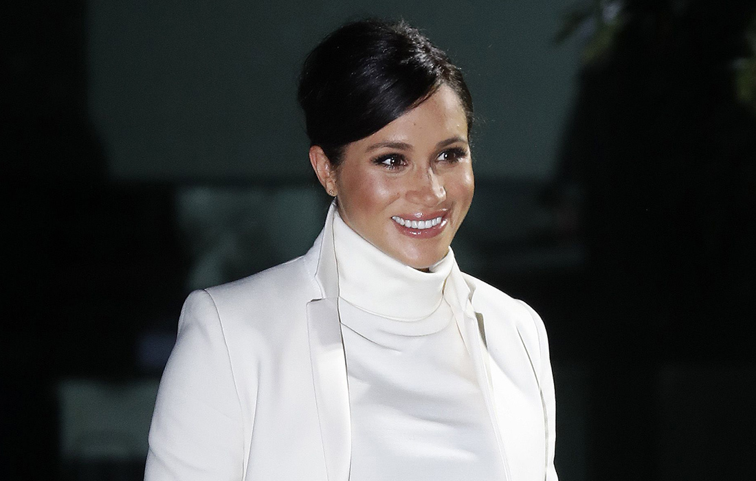 Megan, Duchess of Sussex attends a gala performance of ^'The Wider Earth' at Natural History Museum on February 12, 2019 in London, England.